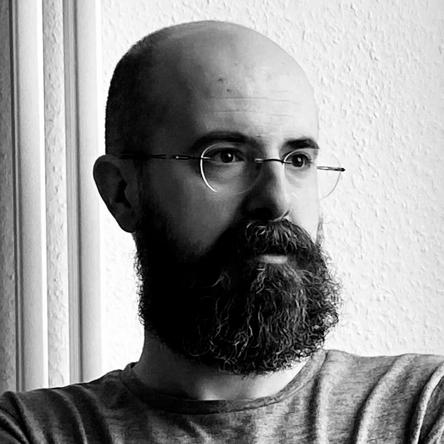 Öner Zafer - Co-Founder & Lead Front-End Software Engineer